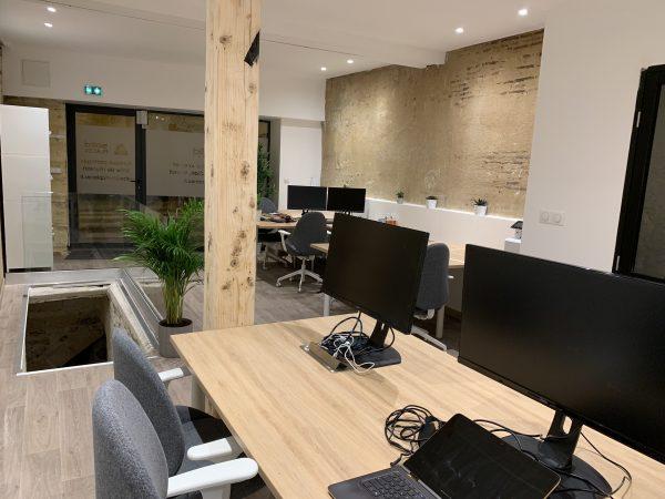 Bureaux et chaises ergonomiques - coworking Bordeaux